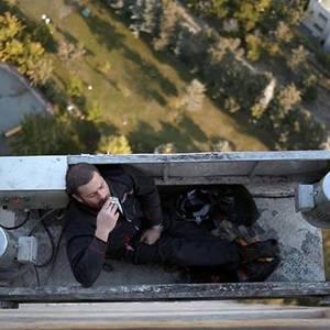 فیلم انارهای نارس با بازی پژمان بازغی