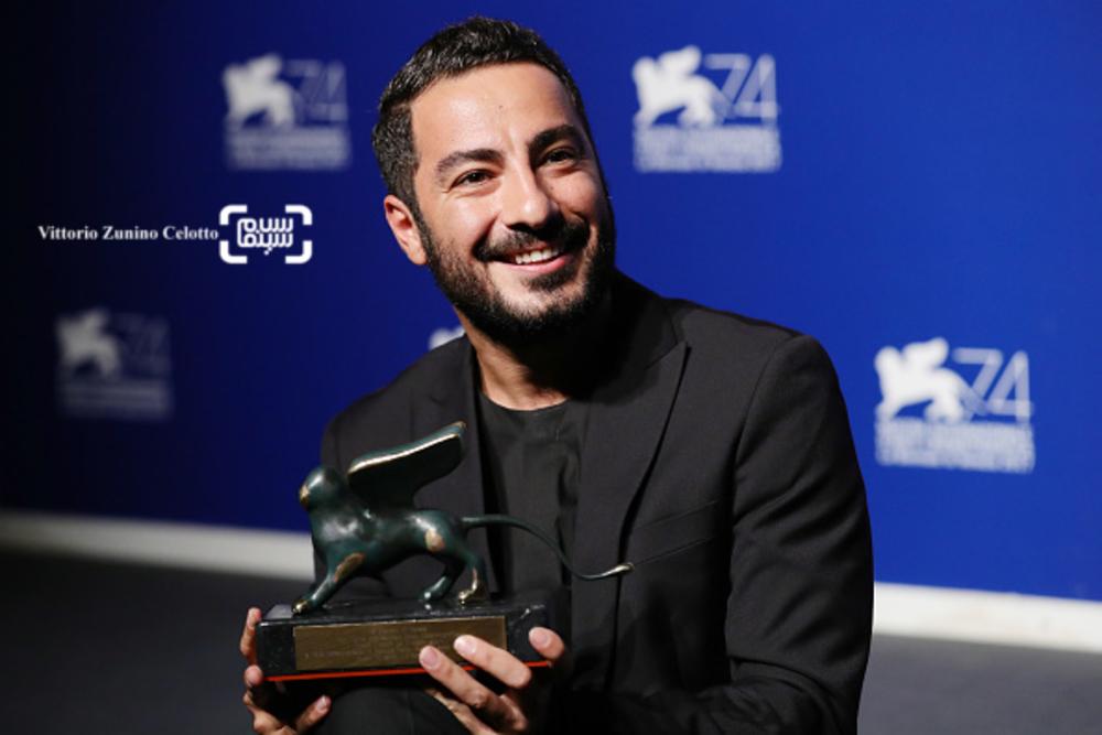 نوید محمدزاده در اختتامیه جشنواره فیلم ونیز2017