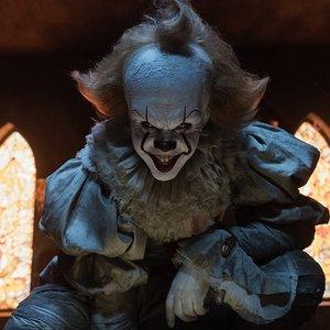 بیل اسکارشگورد در فیلم «آن»(IT)