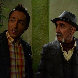 فرهاد آئیش و امیرحسین رستمی در فیلم یک دزدی عاشقانه