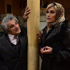 مهدی هاشمی و لادن مستوفی در فیلم یک دزدی عاشقانه