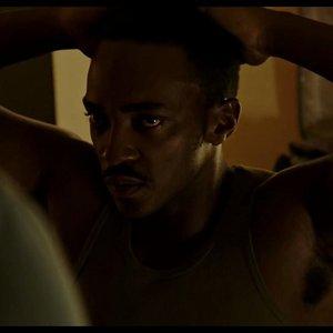 آنتونی مکی در نمایی از فیلم «دیترویت»(ِDetroit)