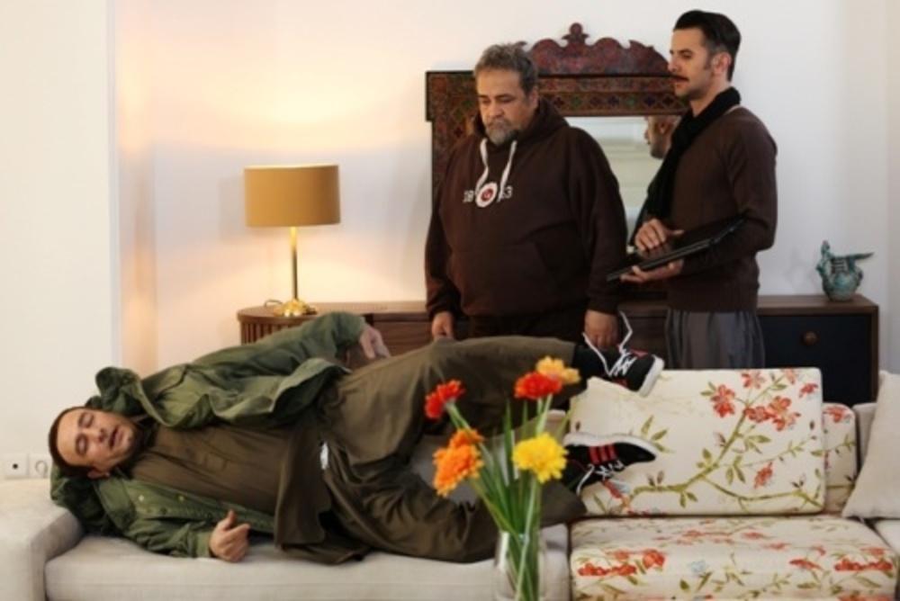 فیلم سه بیگانه با بازی امین حیایی و محمدرضا شریفی نیا و مجید صالحی