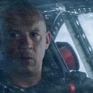 وین دیزل در نمایی از فیلم «سرنوشت خشمگین»(Fast & Furious 8)