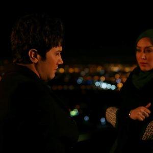 شاهرخ استخری و سارا منجزی در فیلم دوربین