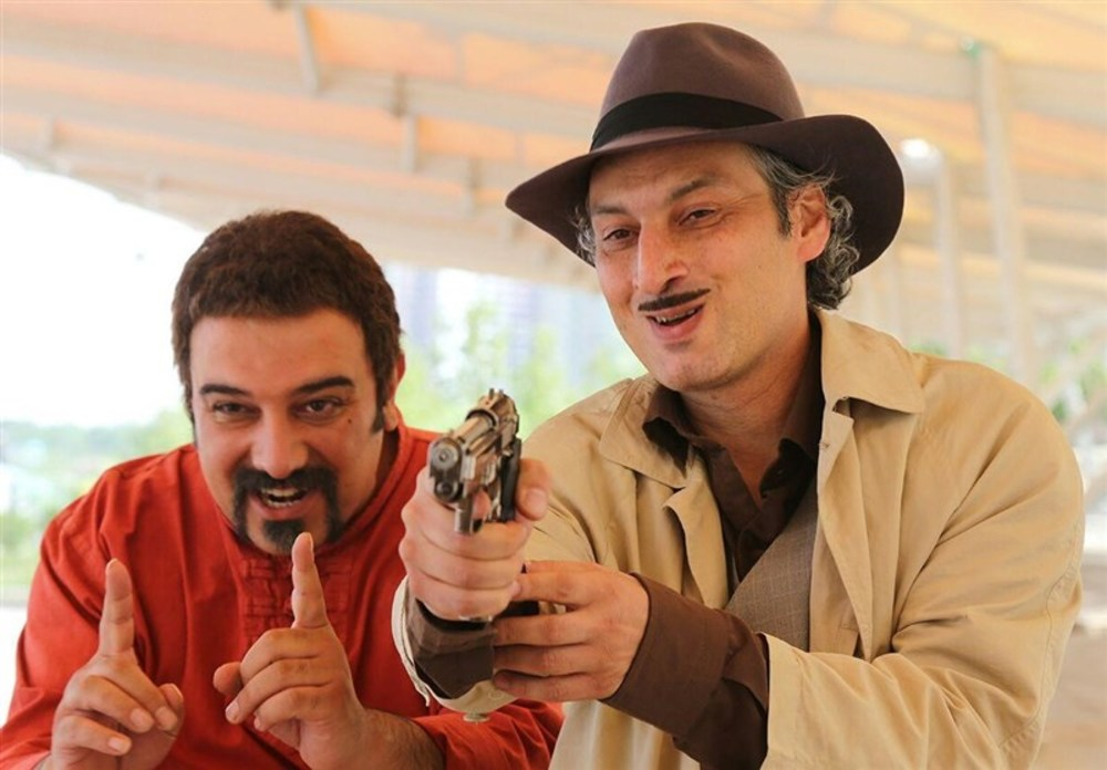 برزو ارجمند و ارژنگ امیرفضلی در فیلم «قهرمانان کوچک»