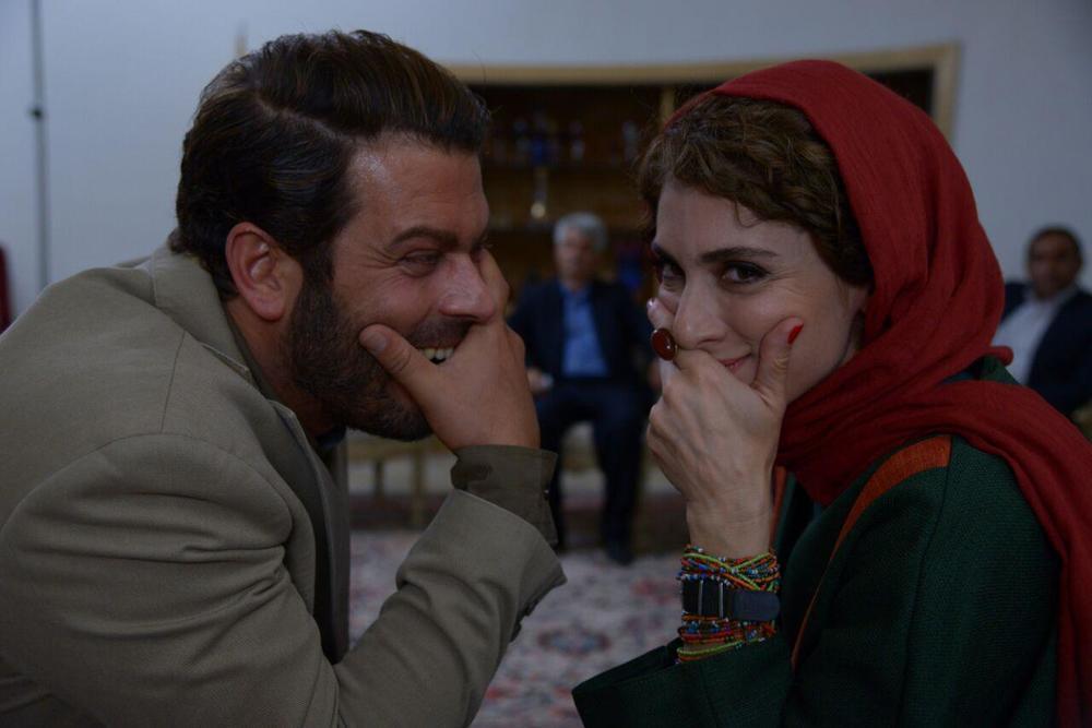 ویشکا آسایش و پژمان بازغی در فیلم «من و شارمین»