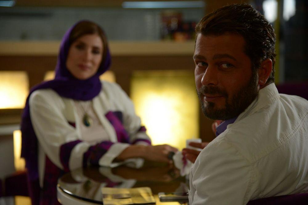 پژمان بازغی در نمایی از فیلم «من و شارمین»