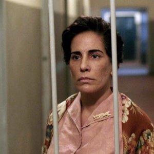 گلوریا پیرس در فیلم «نیسه: قلب دیوانگی»(Nise: Heart of Madness)