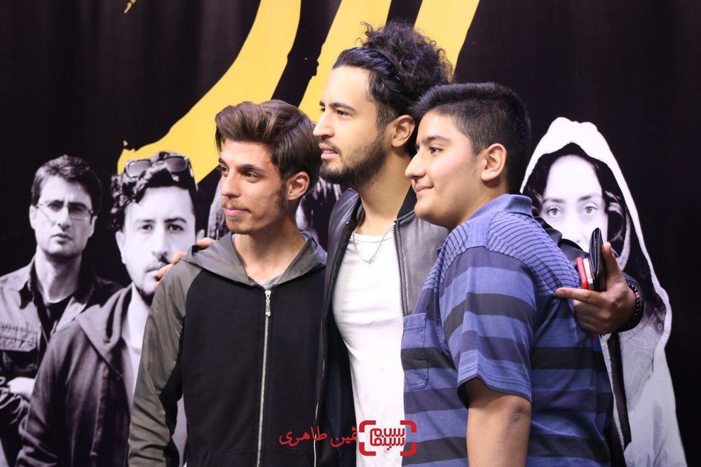مهرداد صدیقیان در اکران مردمی فیلم «زرد» در سینما چارسو