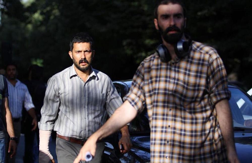 حامد بهداد و محسن قرایی در پشت صحنه فیلم «سد معبر»