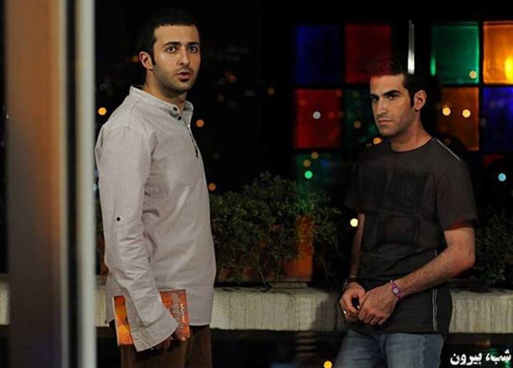 نمایی از فیلم شب بیرون با بازی حسام محمودی و هوتن شکیبا