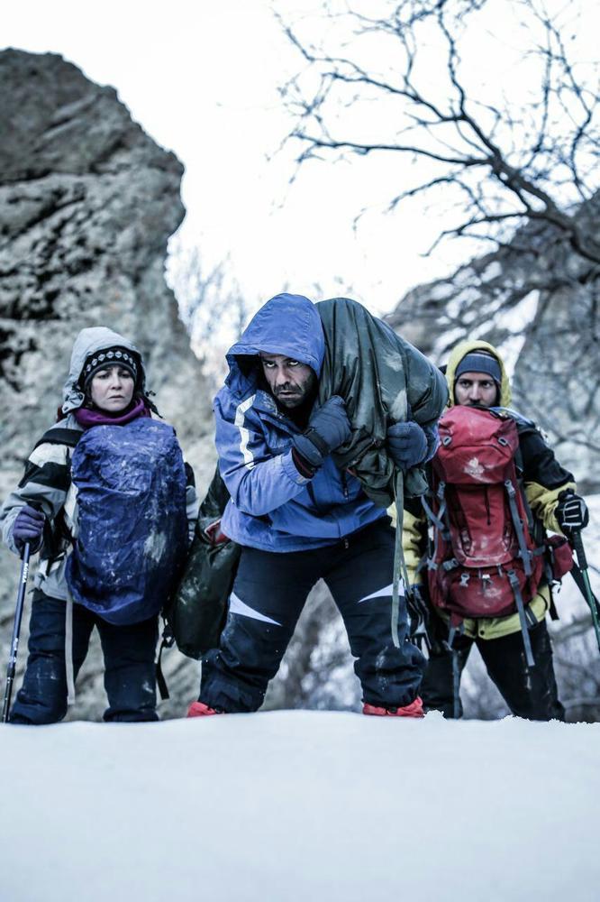 بانیپال شومون، مرضیه وفامهر و محمد نجاری در فیلم کوتاه «استون»