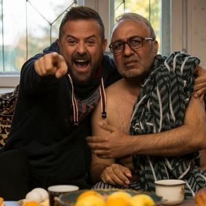رضا عطاران و هومن سیدی در فیلم «مصادره»