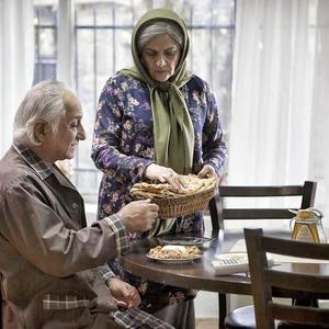شمس لنگرودی و گلاب آدینه در فیلم «دوباره زندگی»