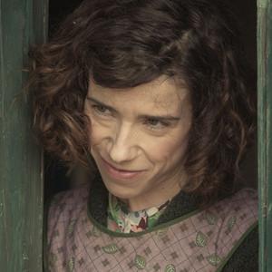 سالی هاوکینز در نمایی از فیلم «ماد»(Maudie)