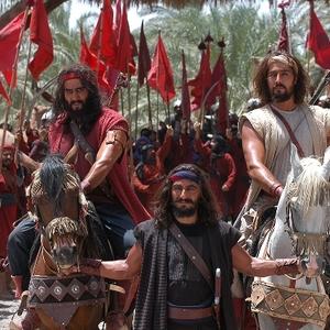 آرش آصفی و پوریا پورسرخ در فیلم رستاخیز