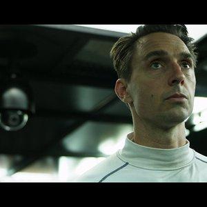 کریستوفر سورن کلی در نمایی از فیلم «محفظه تمام نشدنی»(Infinity chamber)