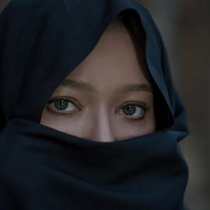 نورگل یشیلچای در فیلم «جن زیبا»
