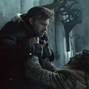"""بن افلک و جیسون موموآ  در نمایی از فیلم """"لیگ عدالت"""""""