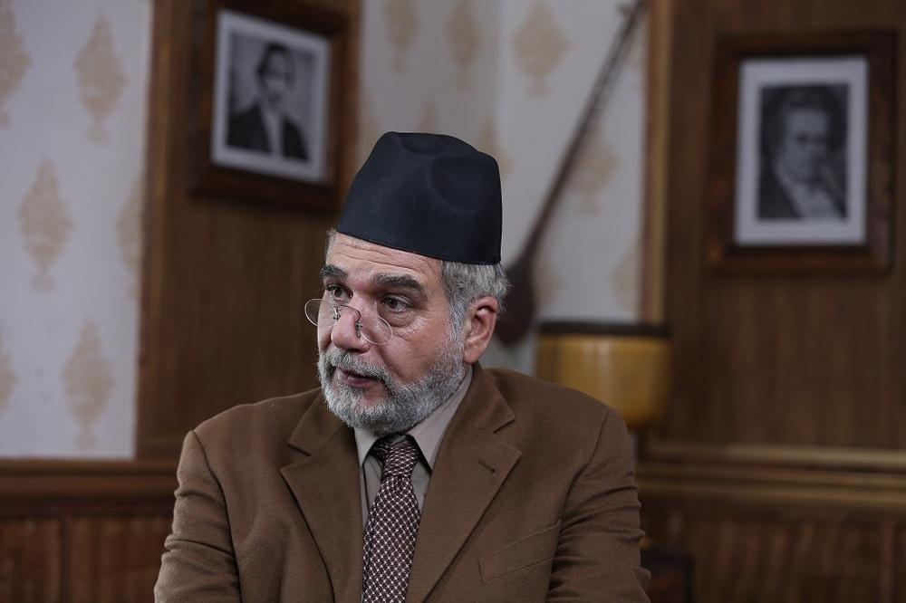 فخرالدین صدیق شریف در قسمت دوم سریال «آشوب»