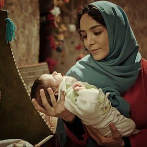 سمانه نصری در فیلم «بچه ای با جوراب قرمز»