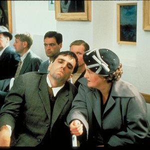 """دانیل دی-لوئیس و برندا فریکر در فیلم """" پای چپ من """""""