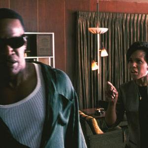 """جیمی فاکس و کری واشینگتن در نمایی از فیلم """"ری"""""""