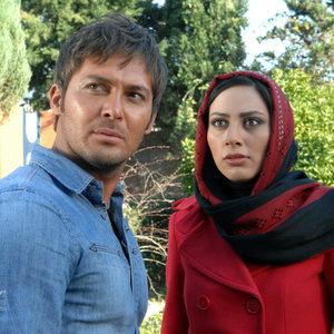 مونا فرجاد و دانیال عبادی در فیلم متل قو