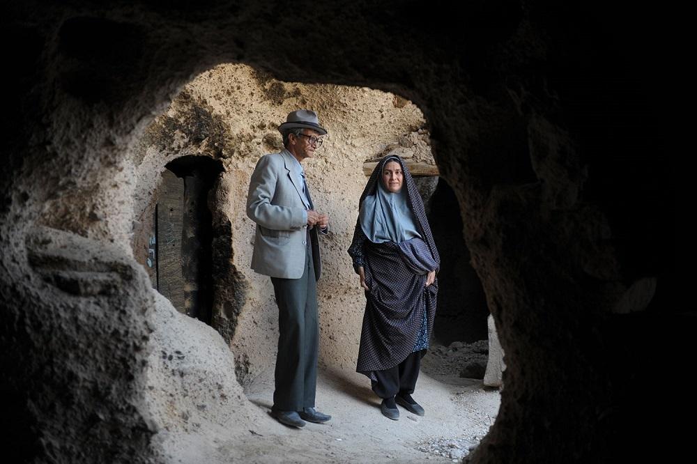 مریلا زارعی و یداله شادمانی در فیلم «شیار 143»