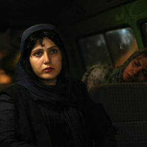 باران کوثری و عاطفه رضوی در فیلم قصه ها