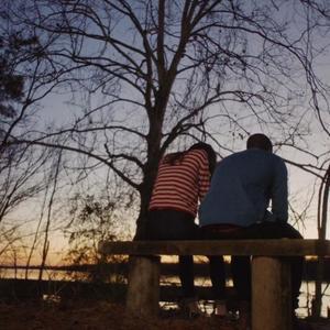 """نمایی از فیلم""""برو بیرون"""" با بازی دنیل کالویا و الیسون ویلیامز"""