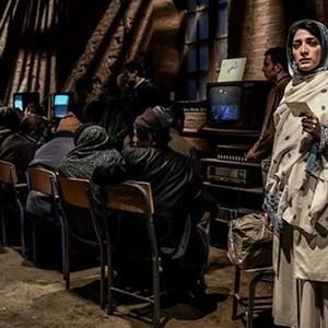 مینا ساداتی در فیلم «سرو زیر آب»