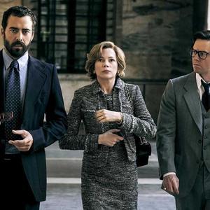 """میشل ویلیامز،  مارک والبرگ , آندریا پیدیمونته در نمایی از فیلم """" تمام پول های جهان"""""""