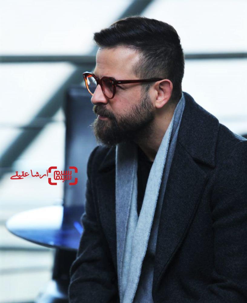 هومن سیدی در اولین قرعه کشی برنامه زمانی سینمای رسانه سی و ششمین جشنواره فیلم فجر