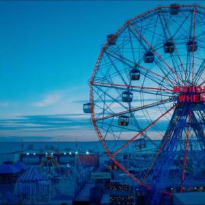 """نمایی از فیلم """"چرخ شگفت انگیز"""""""