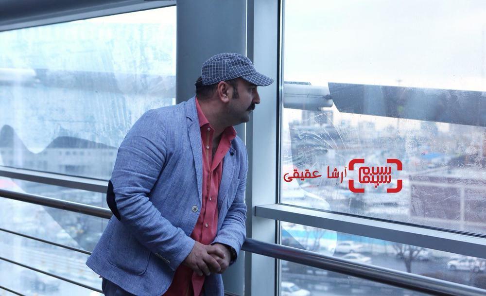 مهران احمدی در نشست خبری «مصادره» در برنامه دو قدم تا سیمرغ در سینما ملت