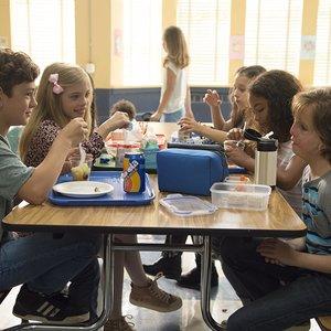 جیکوب ترمبلی و نواه جوپ در فیلم سینمایی« شگفت انگیز »
