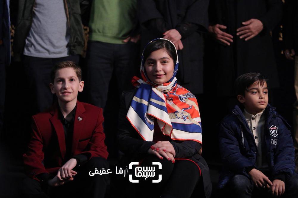 ارشیا عبداللهی و نیوشا جهانی در اکران فیلم «بمب یک عاشقانه» در جشنواره فیلم فجر 36