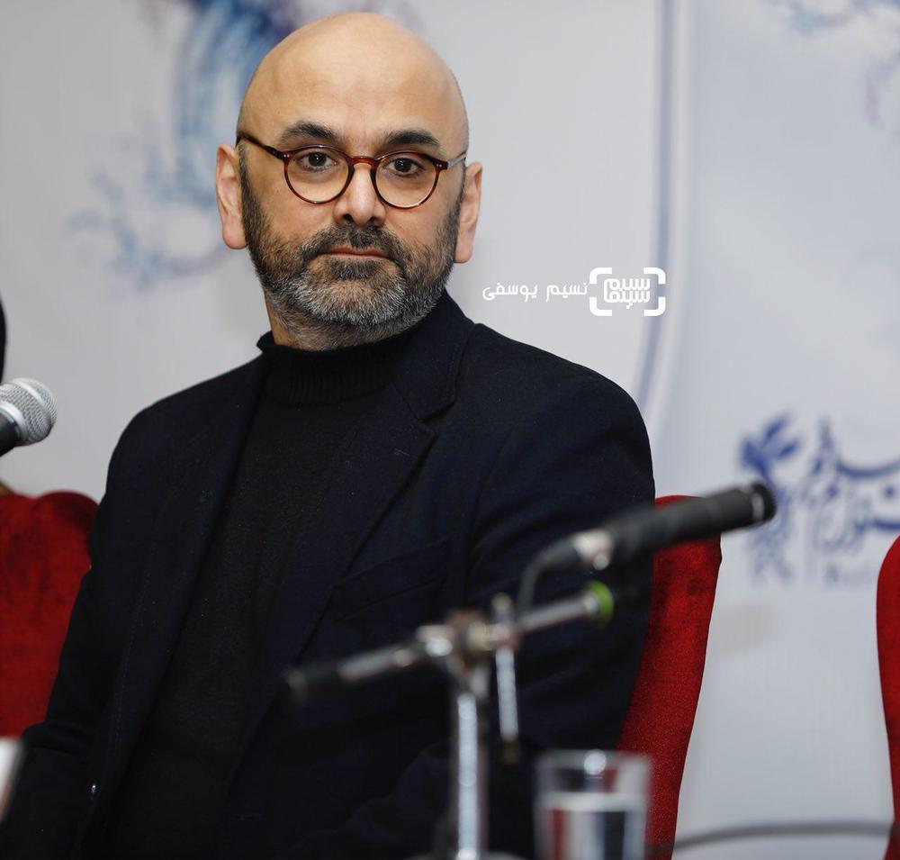 حبیب رضایی در نشست خبری فیلم «بمب یک عاشقانه» در جشنواره فیلم فجر 36