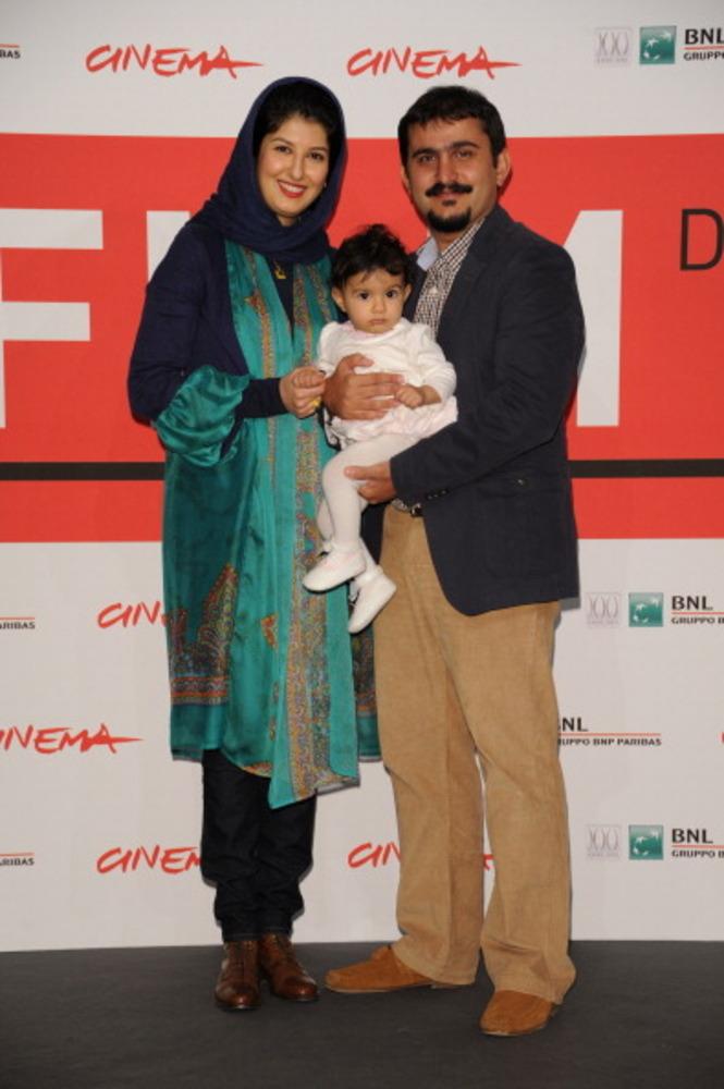 کیارش اسدی زاده در کنار همسر و فرزندش در جشنواره رم