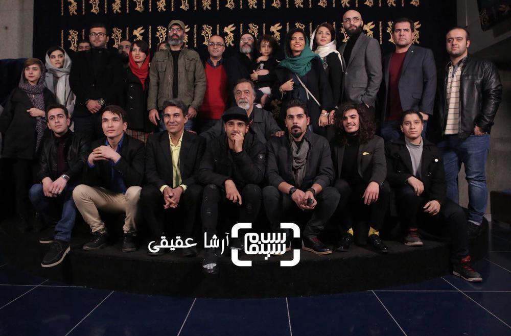 فتوکال فیلم «اتاق تاریک» در کاخ رسانه سی و ششمین جشنواره فیلم فجر