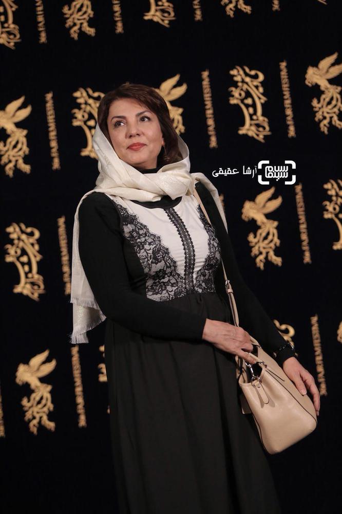 ژیلا دائی در فتوکال «اتاق تاریک» در کاخ رسانه سی و ششمین جشنواره فیلم فجر