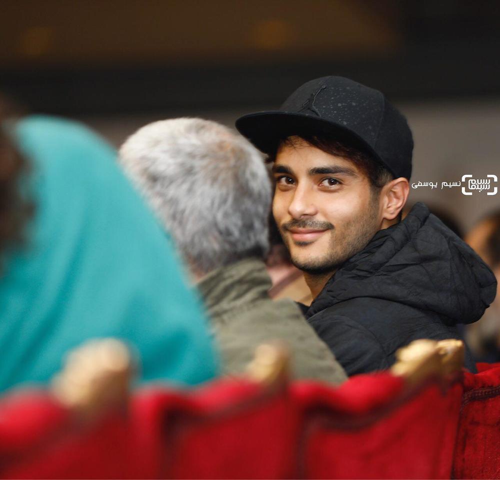 ساعد سهیلی در نشست خبری فیلم «اتاق تاریک» در کاخ رسانه سی و ششمین جشنواره فیلم فجر