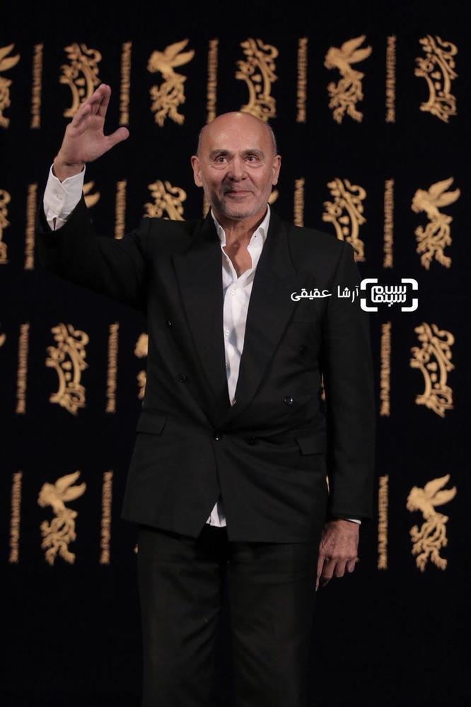 جمشید هاشم پور در اکران فیلم«هایلایت» کاخ رسانه سی و ششمین جشنواره فیلم فجر