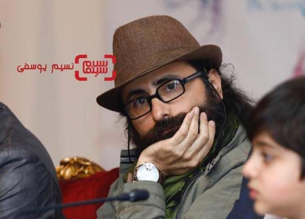 مسعود سلامی در نشست خبری فیلم «مصادره» در کاخ رسانه سی و ششمین جشنواره فیلم فجر