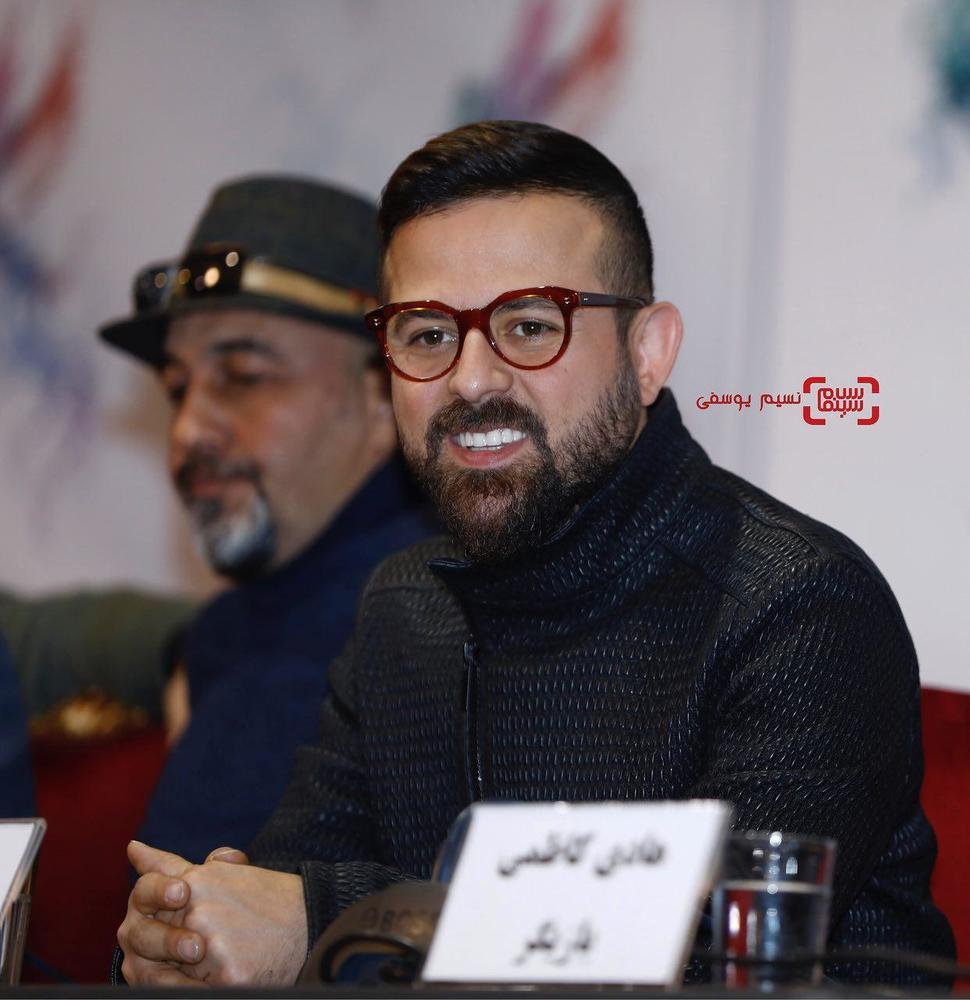 هومن سیدی در نشست خبری فیلم «مصادره» در کاخ رسانه سی و ششمین جشنواره فیلم فجر
