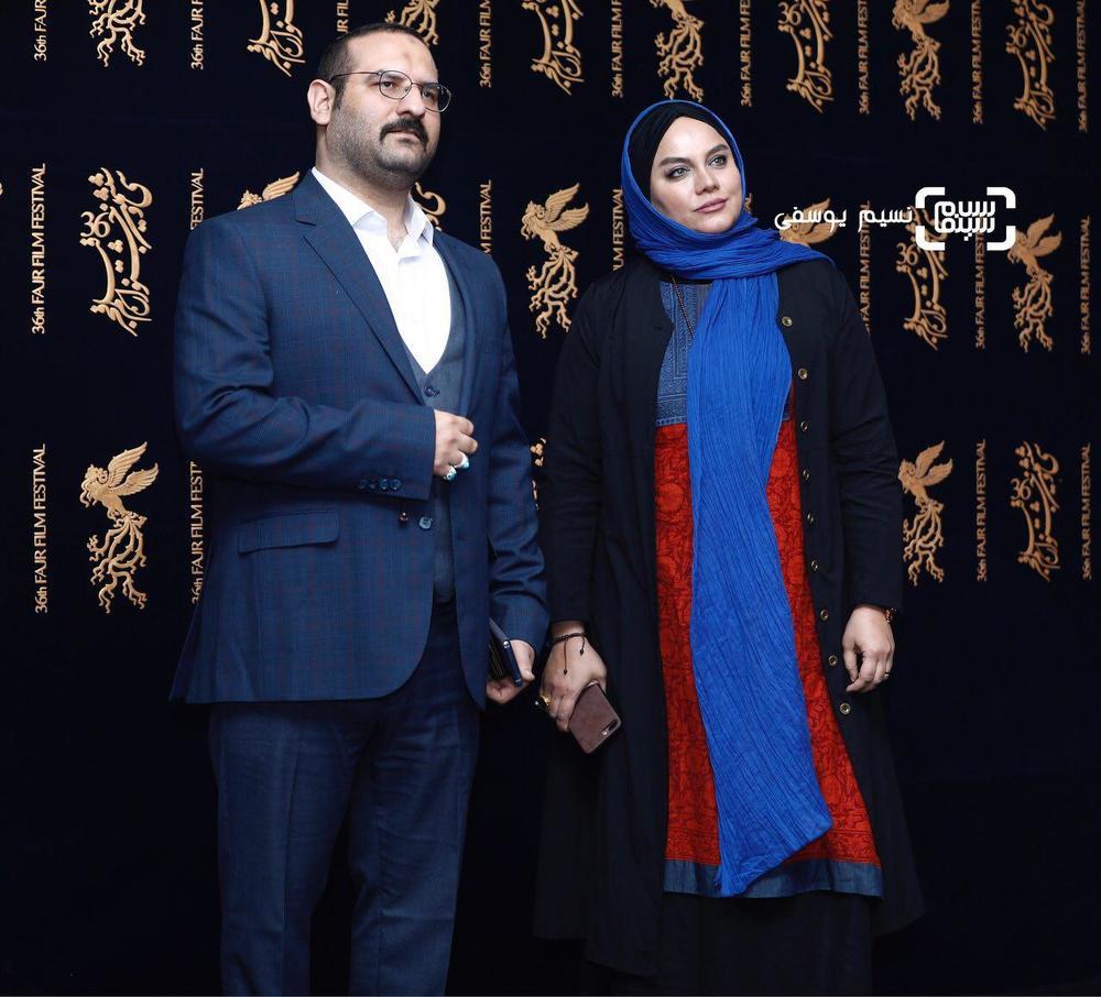 نرگس آبیار و همسرش محمدحسین قاسمی در اکران فیلم «مصادره» در کاخ رسانه سی و ششمین جشنواره فیلم فجر