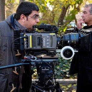 مجید برزگر و سعید آرمند در پشت صحنه فیلم یک شهروند کاملا معمولی