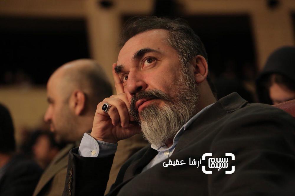 سیامک انصاری نامزد جایزه بهترین بازیگر مکمل مرد برای فیلم «بمب یک عاشقانه» در اختتامیه سی و ششمین جشنواره فیلم فجر